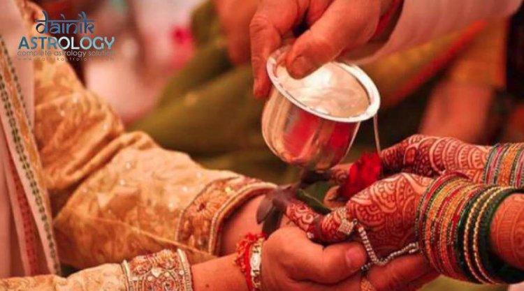 हिन्दू धर्म में रीति रिवाज अहम भूमिका क्यों निभाते है?