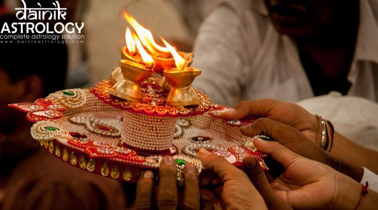What is the Correct Method of Performing Aarti?