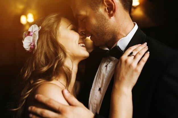 प्रेम विवाह में परेशानी का सामना कर रहे है तो अपनाए यह वास्तु टिप्स